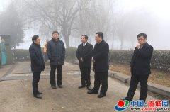 县委书记朱东亚调研城市管理工作