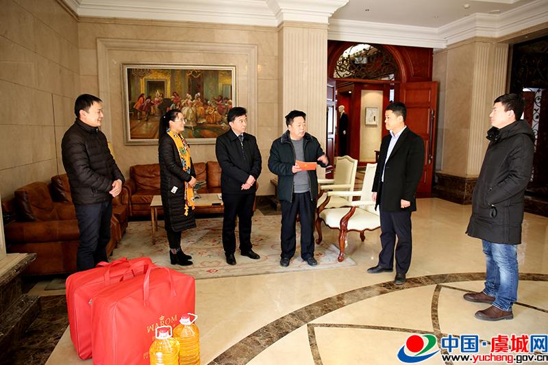 县委组织部和高新区慰问非公企业优秀党支部书记和困难党员