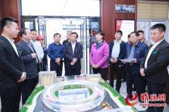 吴海燕到县产业集聚区调研工业经济运行情况
