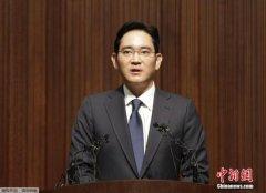 韩总统朴槿惠丑闻:三星公司老板李在�F成嫌疑人