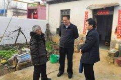 区委书记周新民调研指导脱贫攻坚工作