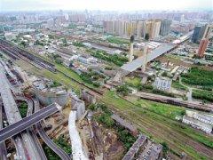 郑州农业路高架郑北大桥 开始最后一轮顶推