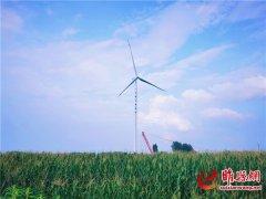 睢县新地标―睢县汇绿风电场140米首台风机机组吊装顺利完成