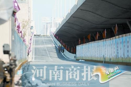 大神棋牌陇海快速路再开通6条匝道 目前已开通29条