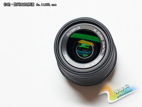 新款奥林巴斯25mm f1.8由适马设计